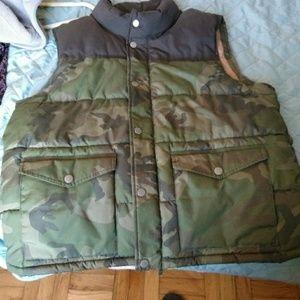 Men's military vest